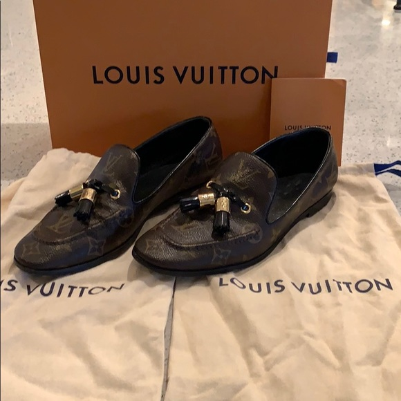 Louis Vuitton Shoes   Society Loafers
